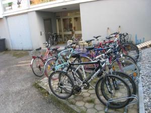 Fahrräder, Lehrerparkplatz der Hauptschule
