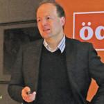 Klimaforscher Prof. Dr. Harald Kunstmann bei seinem Vortrag